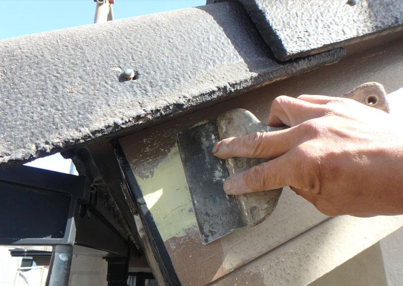 八千代の屋根塗装・菅野建装_コーキングイメージ